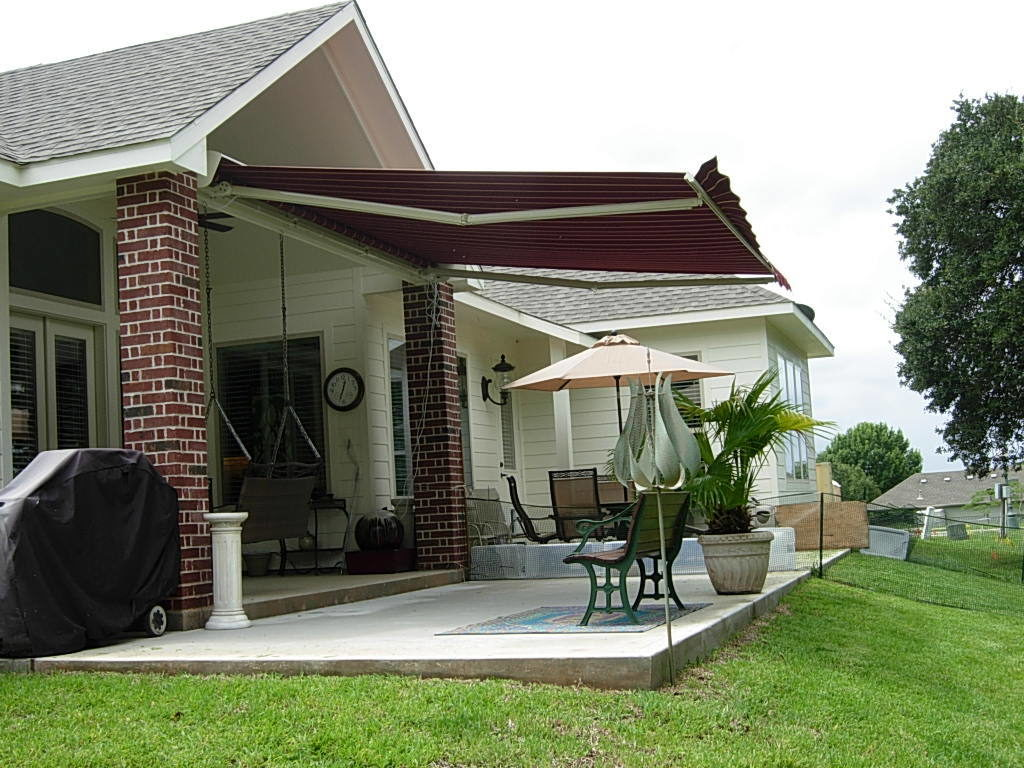 Outdoor Window Awnings Canvas Awnings Privacy Screens Sale! Linked:SUNSETTER  AWNINGS,SunSetter Retractable ...