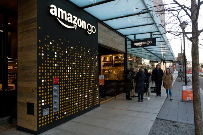 Amazon Go Store In New York Will Be First To Accept Cash