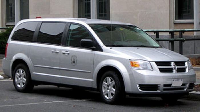 Dodge_Grand_Caravan_Wikipedia_large dodge and chrysler news & recalls page 2  at fashall.co