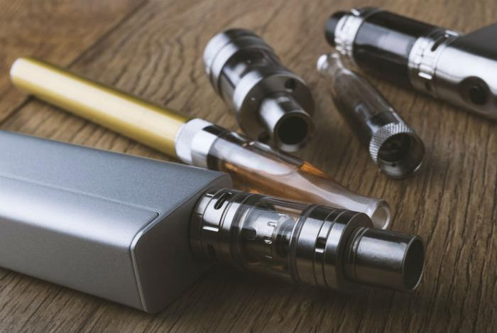 E-cigarettes and vaping are still risky