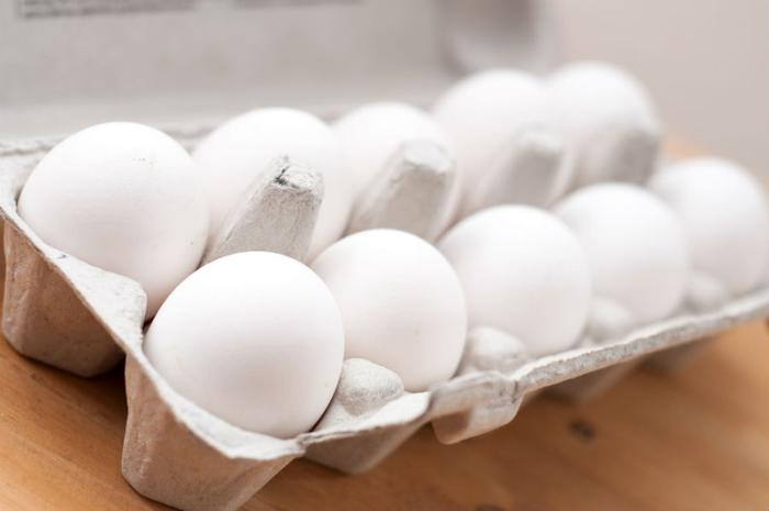 More people sickened by egg recall