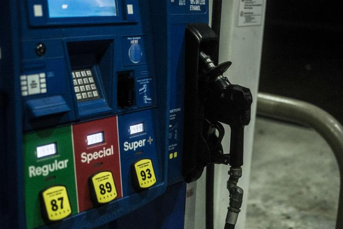 Gas prices hit $3 locally