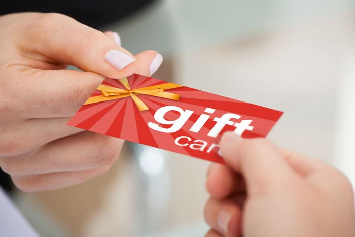 Picking the best gift card this holiday season