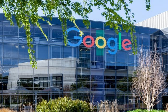 Google pledges carbon-neutral shipping, recycled plastic for all