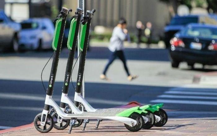 Lyft launches electric scooter service, Uber close behind