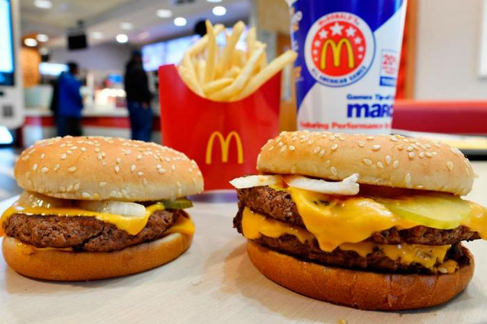 McDonald's removing artificial additives from its burgers
