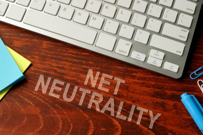 Senate passes bill to reinstate net neutrality