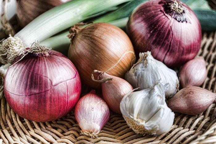 Eating Onions and Garlic Could Reduce Your Risk of Getting Breast Cancer