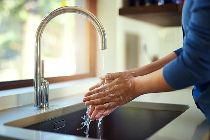 People do not wash hands correctly 97 percent of time