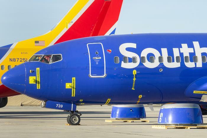 Southwest Airlines plane cockpit