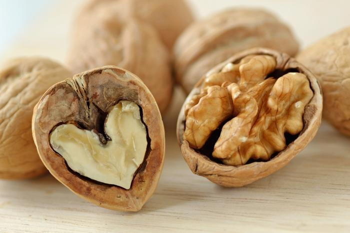 Walnuts could help consumers fight ulcerative colitis