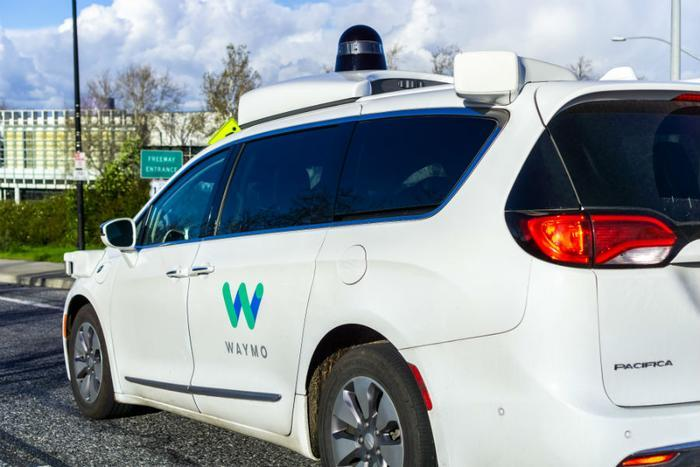 Waymo testing free Wi-Fi and music in its driverless taxis