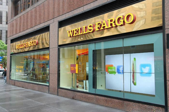 Wells Fargo systems hit with an outage