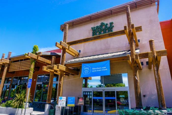 Whole Foods grocery prices haven't notably decreased since Amazon acquisition, study finds | Consumer Affairs