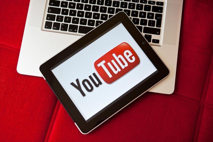 Pressure mounts on YouTube to better protect young users