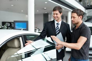 Pros and cons of leasing or buying a car