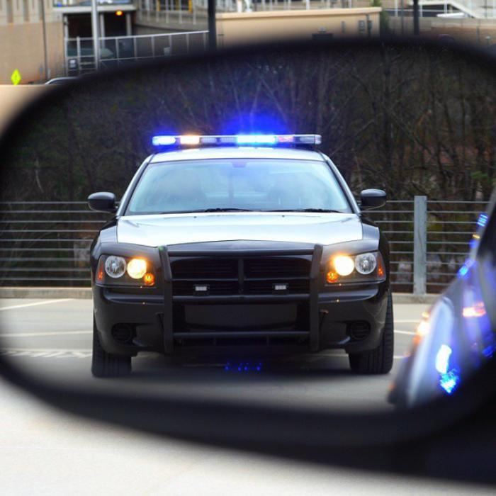 New smartphone app records police and uploads video to the
