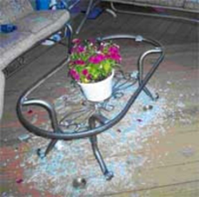 Sounds Of Summer Martha Stewart Tables Shattering - Replacement Glass Patio Table Tops Hampton Bay