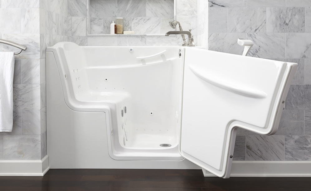 American Standard 52  x 30  Walk In Combo Massage with Outward Opening Door. Top 9 Reviews and Complaints about American Standard Walk in Baths