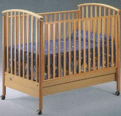 Picture of Recalled Federica Model Number 170 Crib