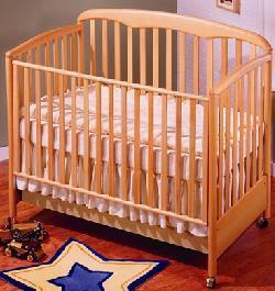 Picture of Recalled Marisa Model Number 680 Crib