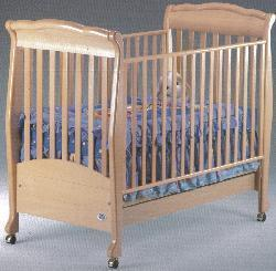 Picture of Recalled Noelle Model Number 999 Crib