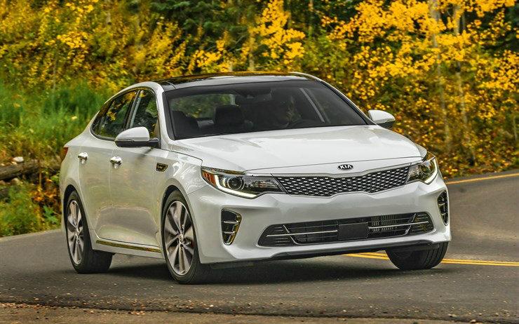 Kbb S Ten Best 2016 Sedans Under 25 000