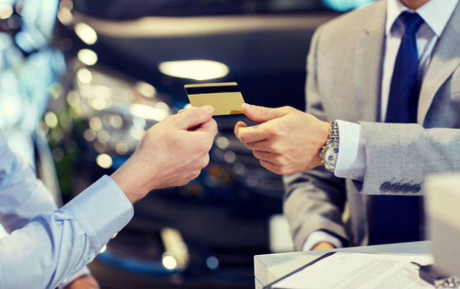 Best credit cards for renting a car this summer