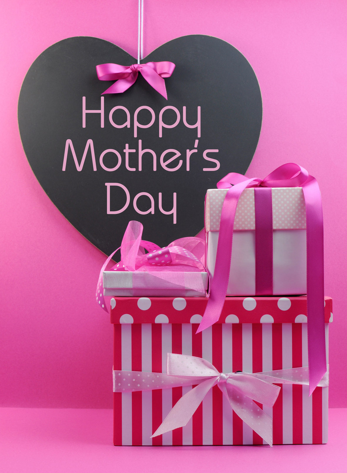 Retailers Expect Record High Mothers Day Spending