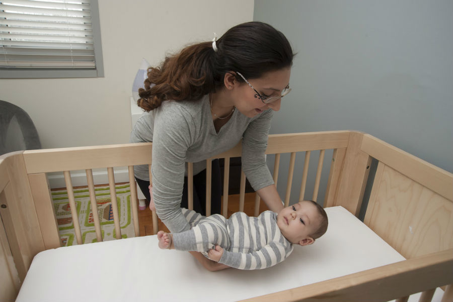 Crib ads often depict unsafe sleep practices, study finds