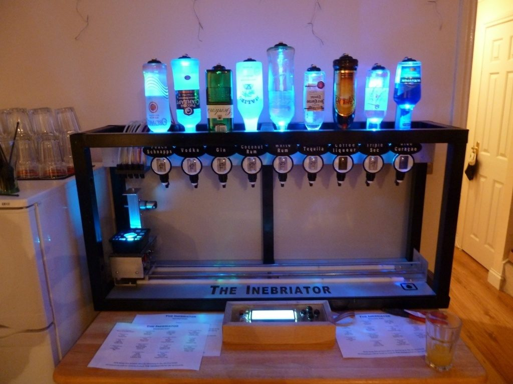 Some of the Coolest Home-Bars You\'ll See