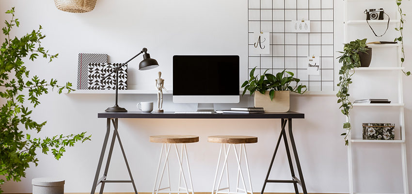 Photohome office with plants