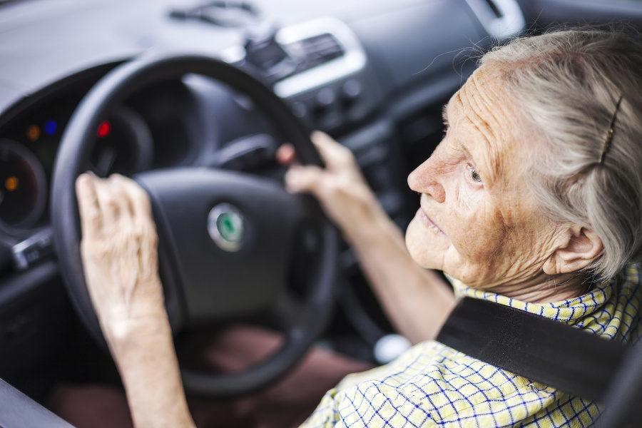Seniors Taking Prescription Sleeping Aids May Be Highway Risk