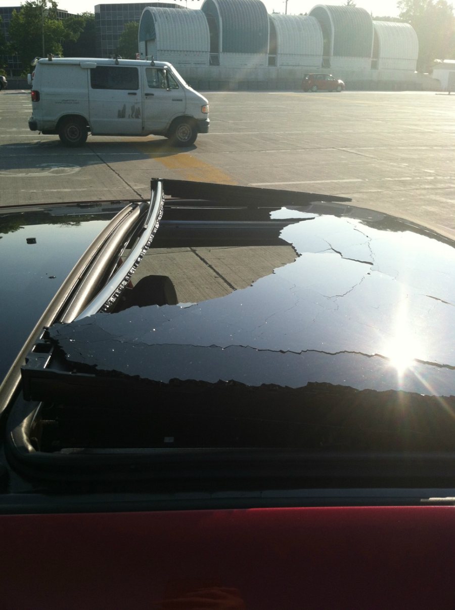 Sunroof Glass Replacement >> Hyundai sunroof picks worst possible time to blow off