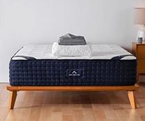 The DreamCloud Luxury Hybrid image