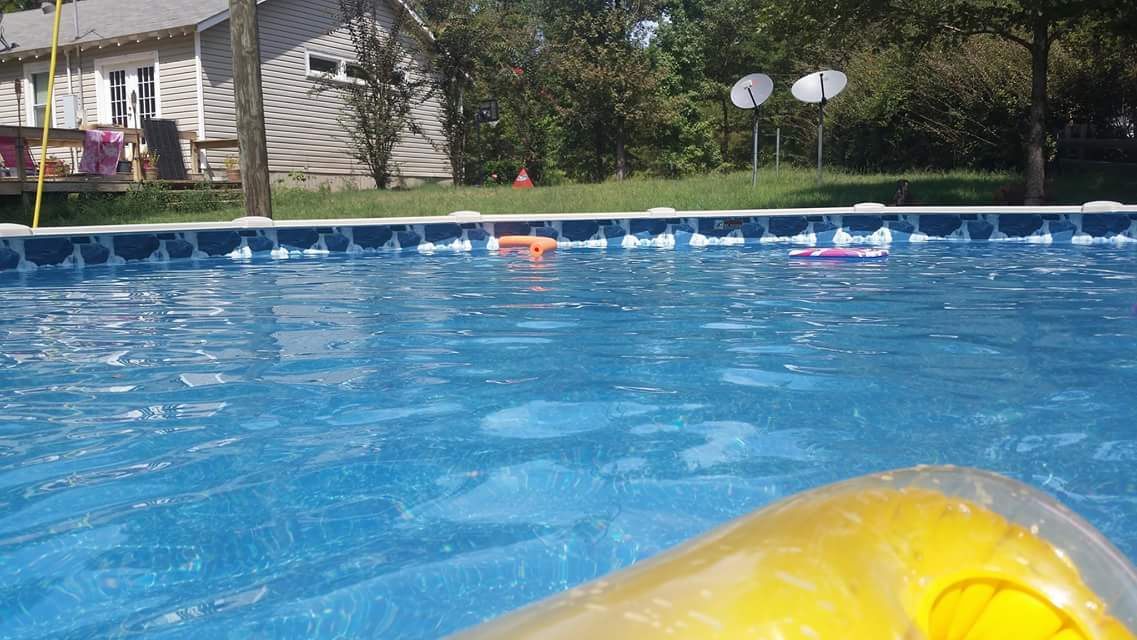 Top 317 reviews and complaints about blue world pools for Blue world pools