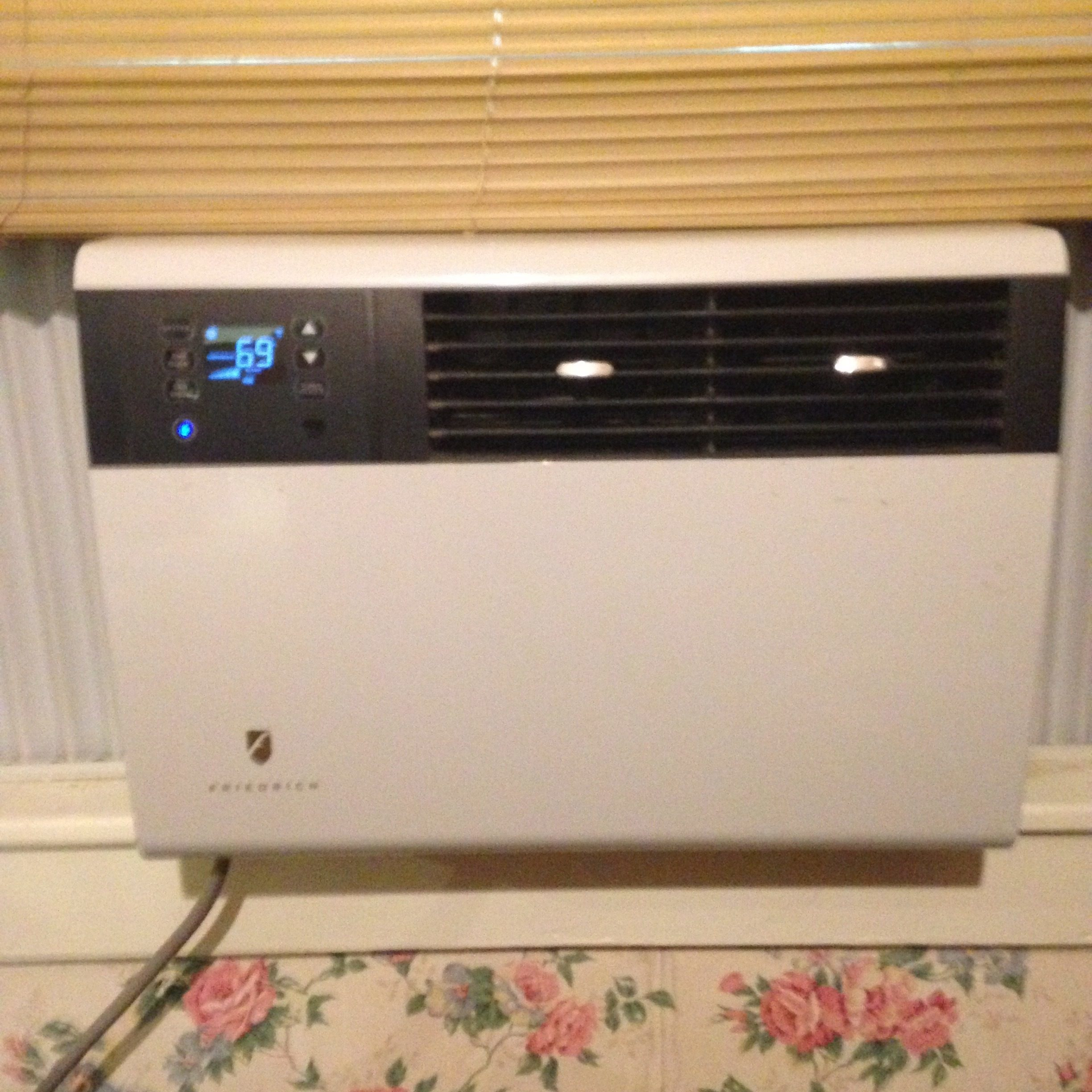 Top 34 Complaints and Reviews about Friedrich Air Conditioner #0A7DC1