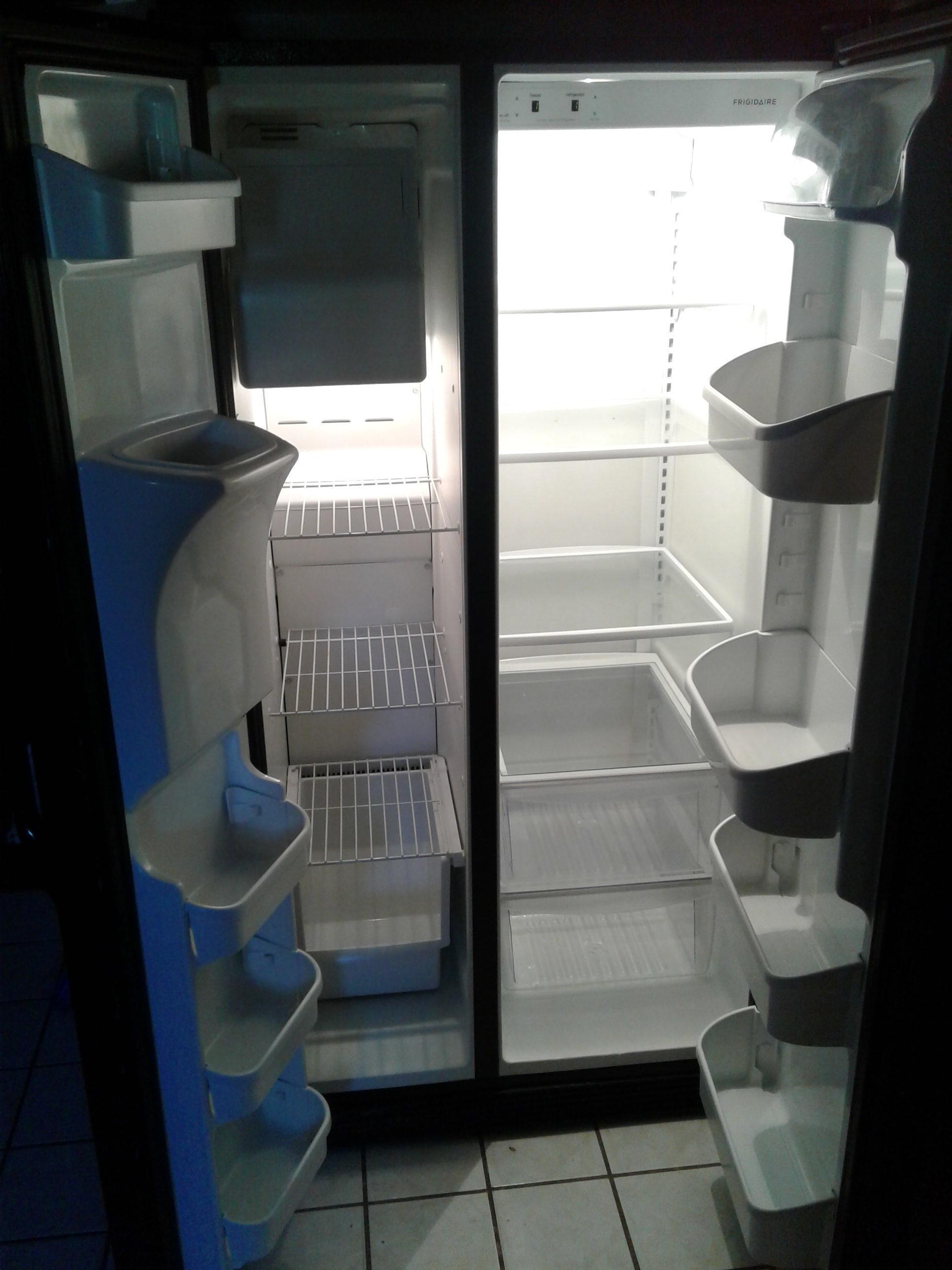 top 781 complaints and reviews about frigidaire refrigerators. Black Bedroom Furniture Sets. Home Design Ideas