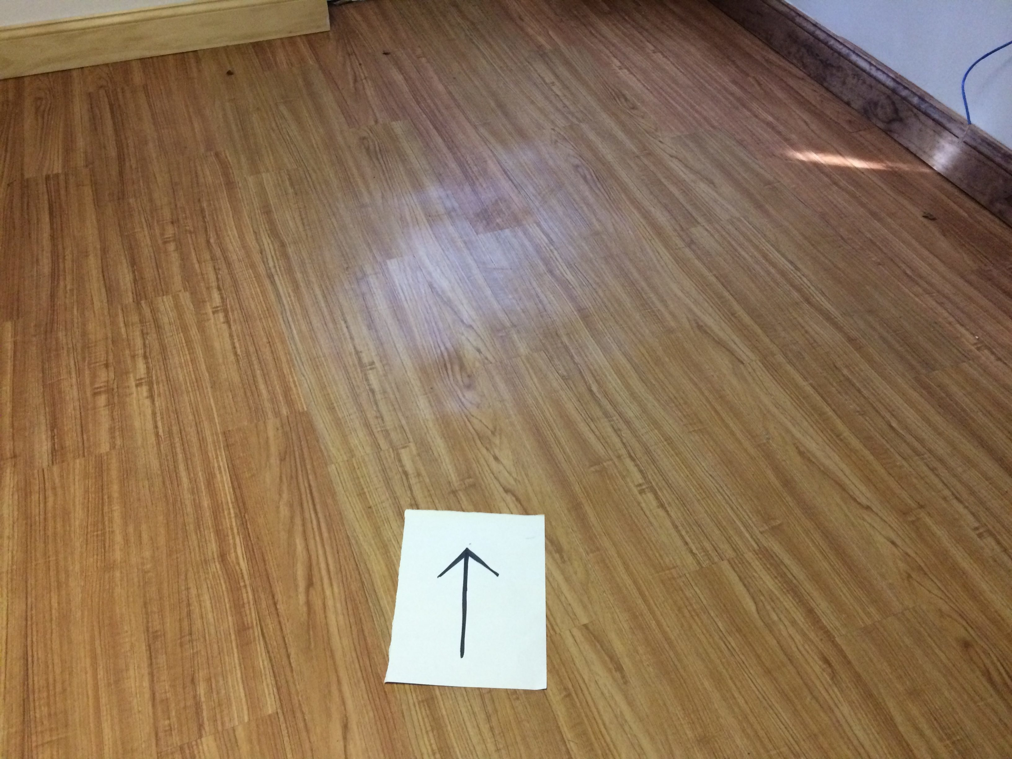 how to cut vinyl plank flooring lengthwise