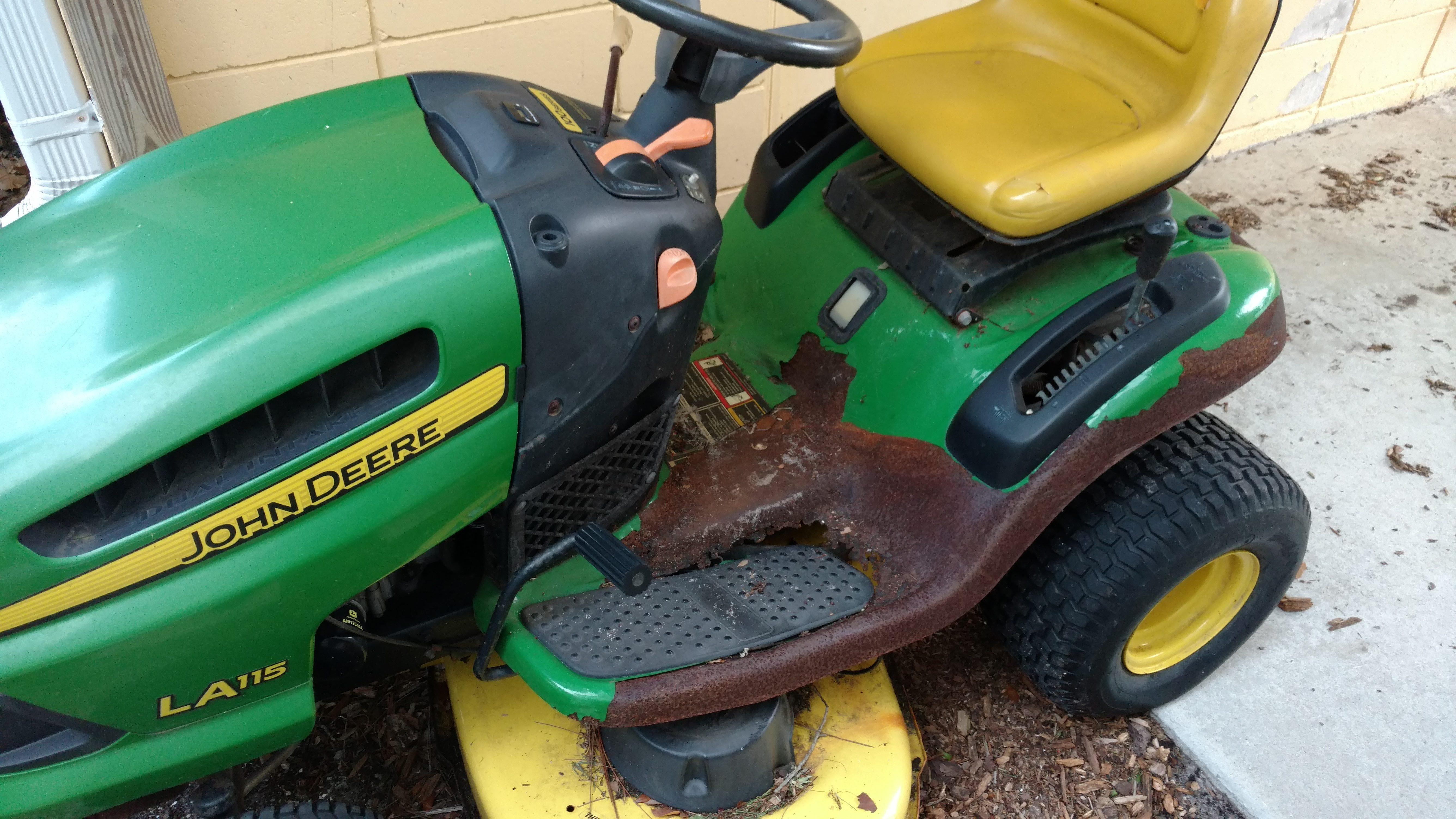 la125 john deere lawn tractor how to change drive belt