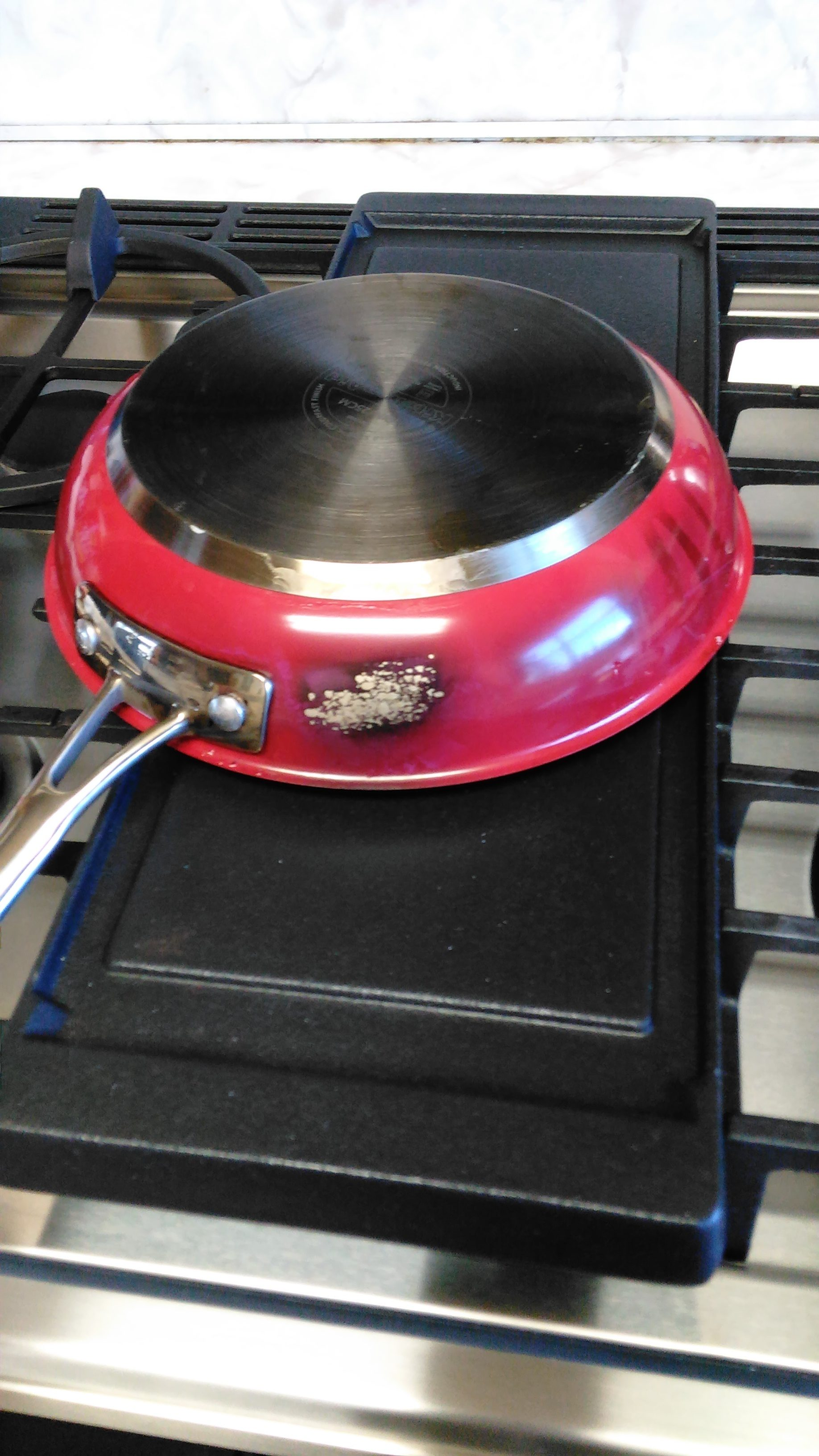 Top 29 Reviews and Complaints about KitchenAid Cookware