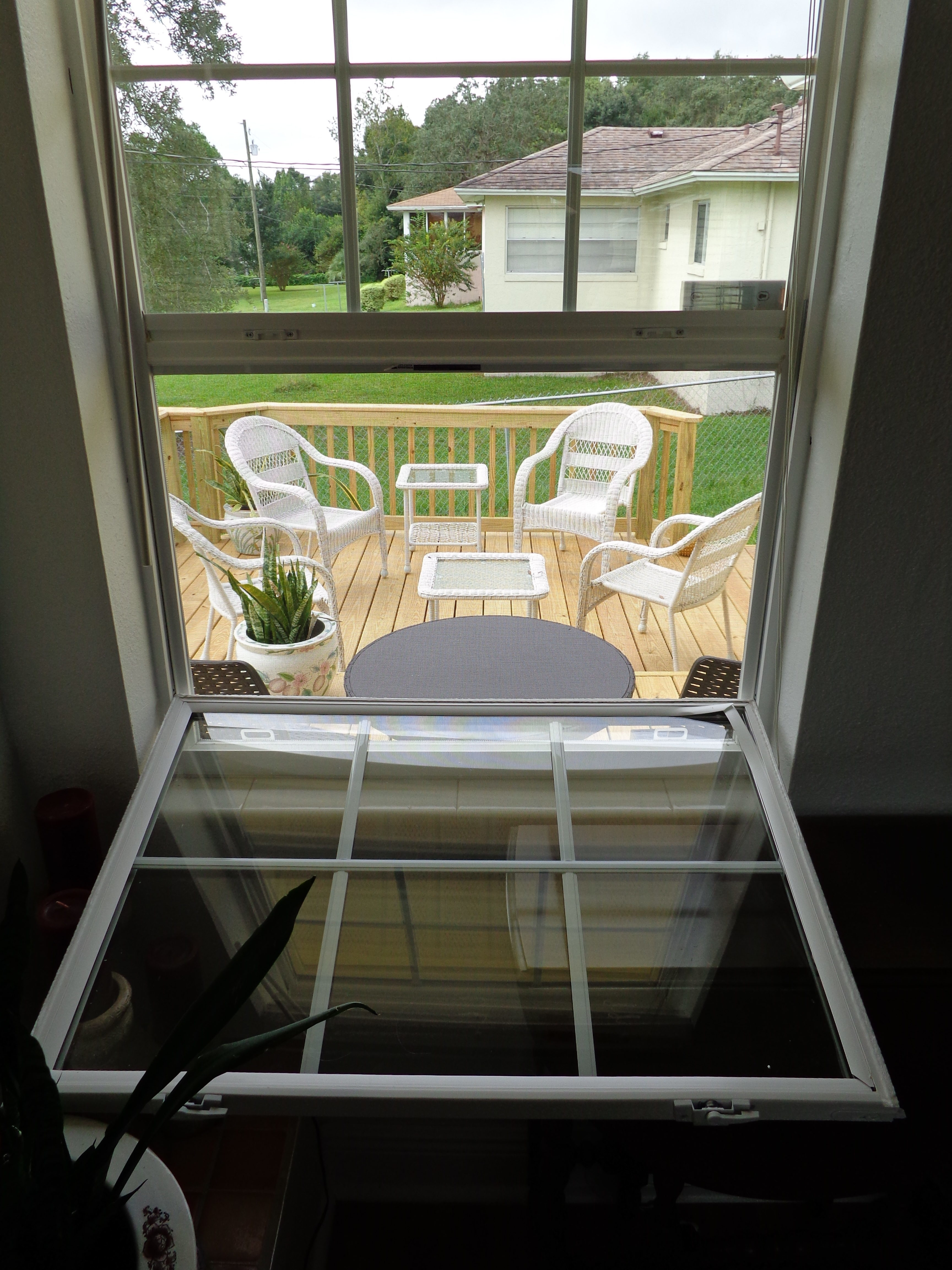 Exceptional #8A7241 We Bought Replacement Windows For Our Whole House Through A  Contractor Lowes Aluminum Windows