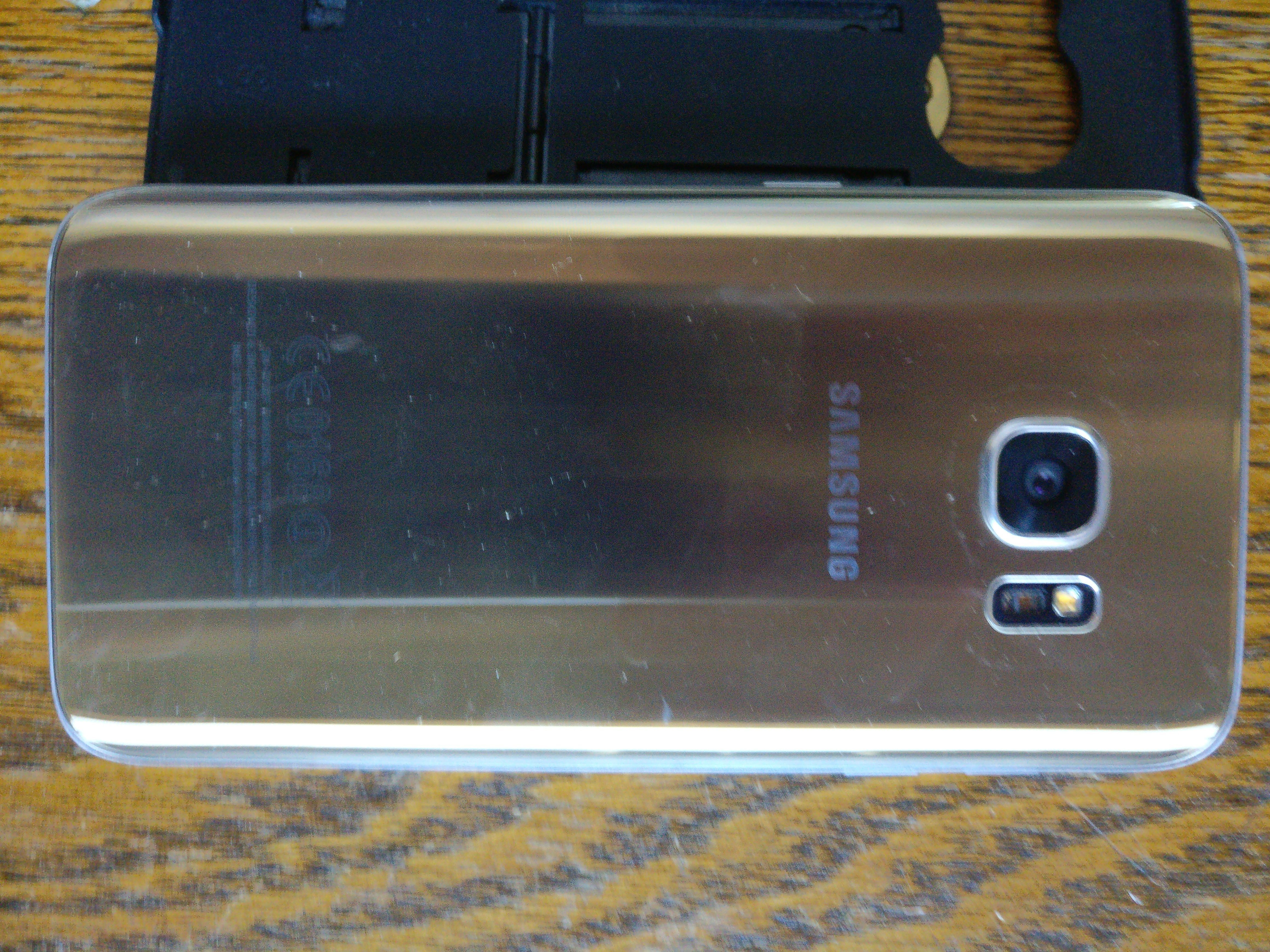 top complaints and reviews about samsung cell phones i purchased a galaxy s7 cell phone online as a new phone in sealed package when i first got it it worked good after about 4 months it began to get warm