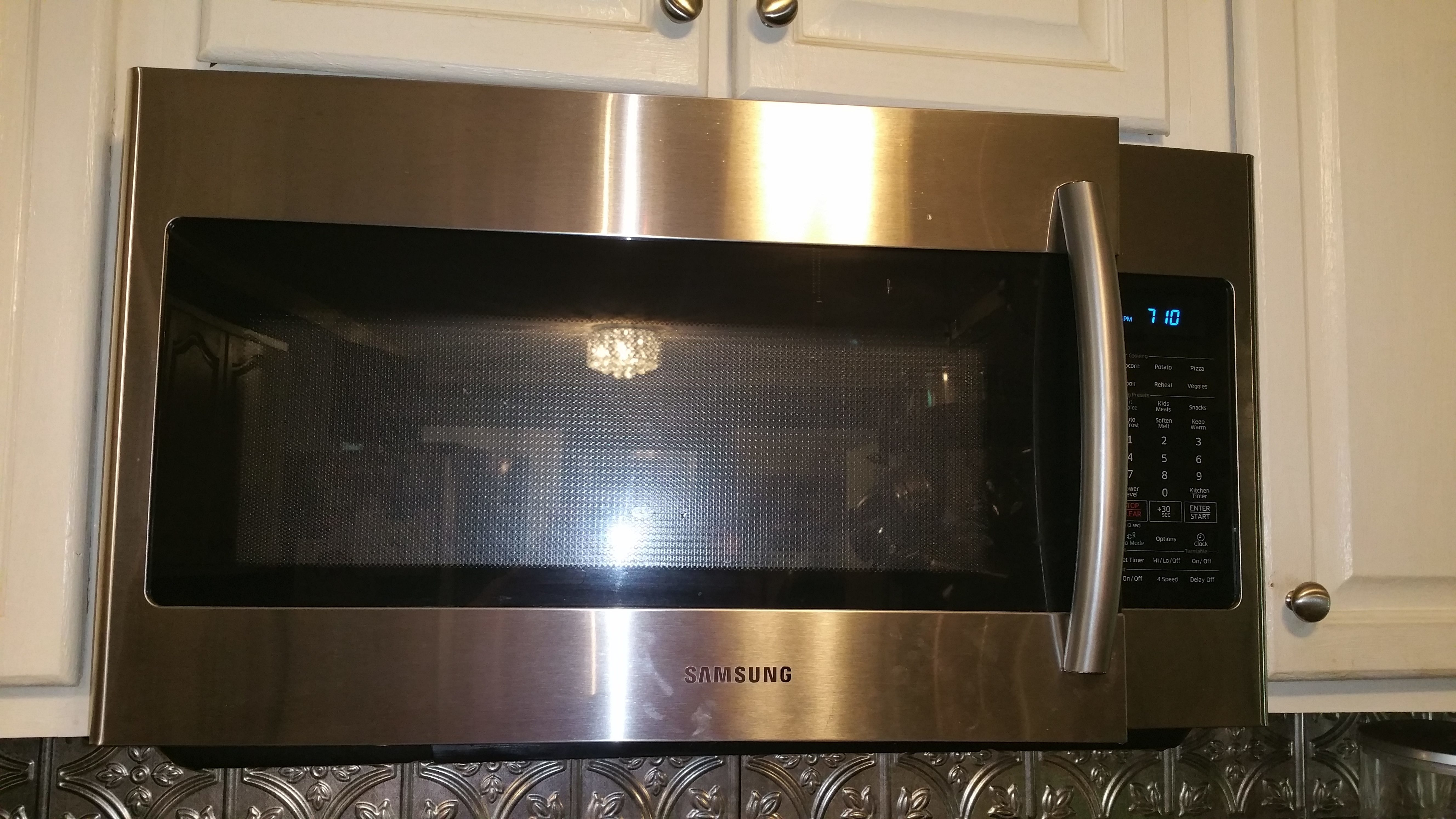 Lowes microwaves over the range with vent - Purchased 4 Months Ago From Lowe S I Wasn T Even Using The Inside Of The Microwave At The Time I Was Using The Exhaust Fan For I Was Boiling Pasta On The