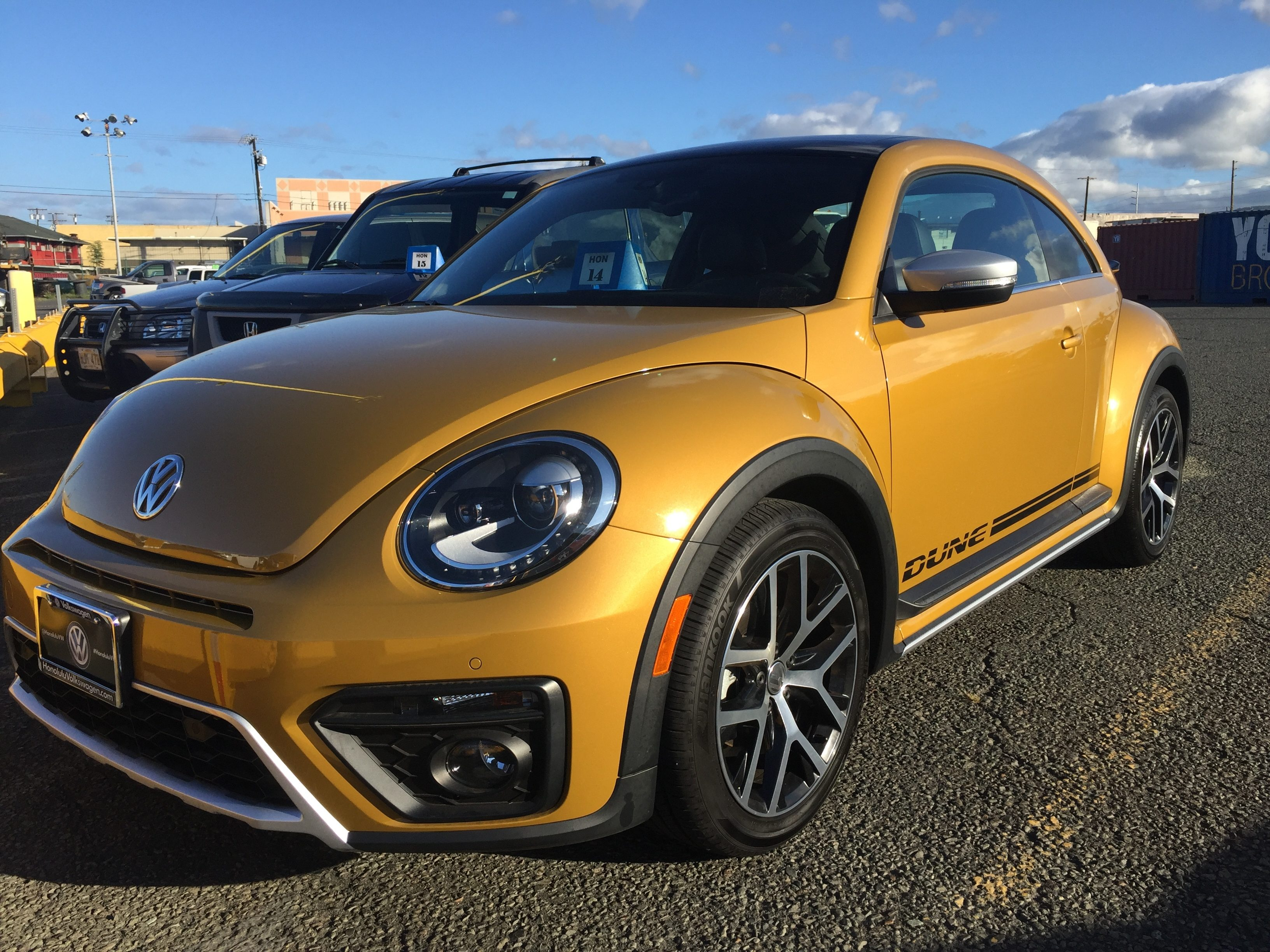 Top 325 reviews and complaints about volkswagen beetle for New beetle interieur