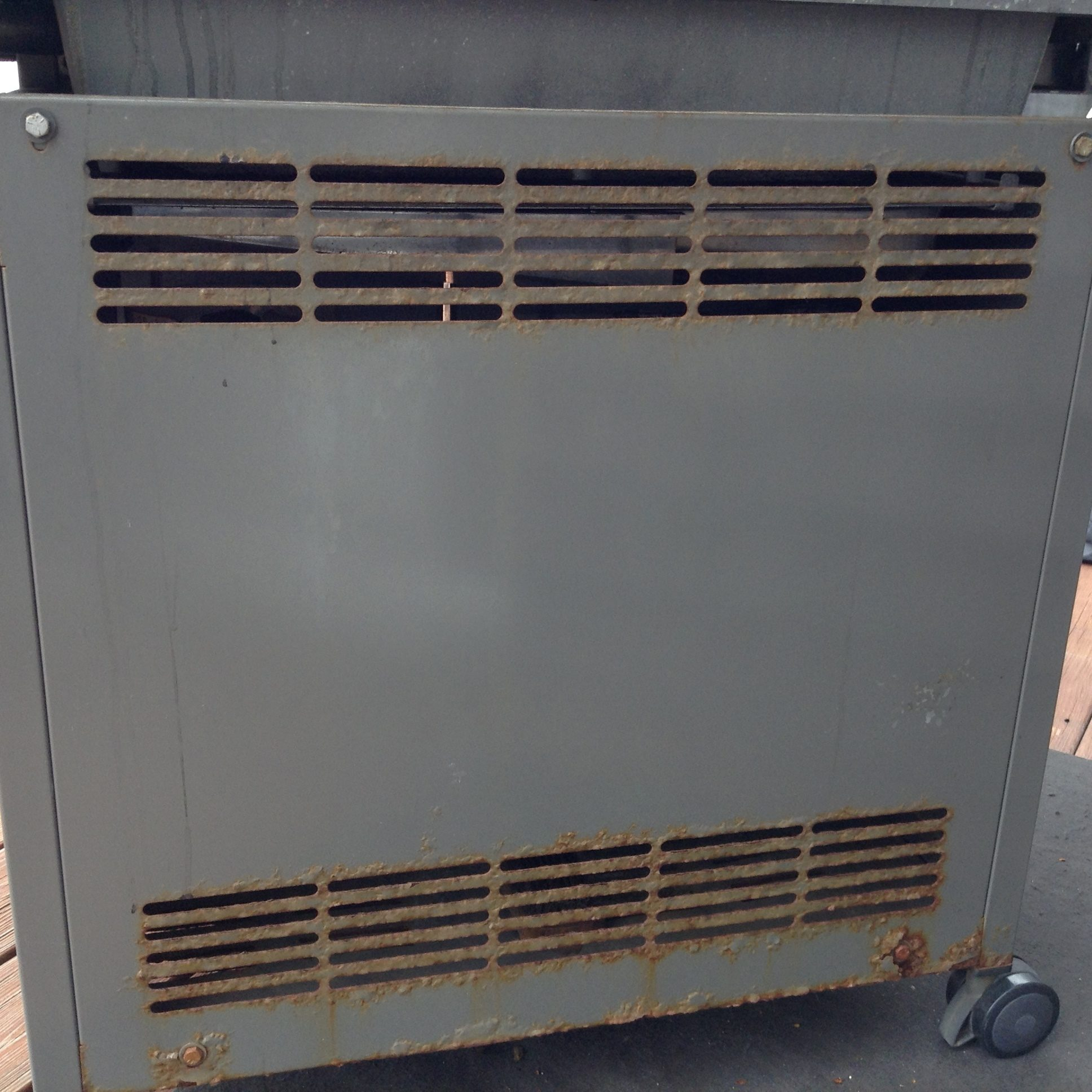 Weber genesis s 330 natural gas - I Purchased My Weber Genesis S 310 In 2011 For 800 00 After 5 Years Of Use The 2 Side Panels The Rear Panel And The Bottom Panel Is Rusting Out